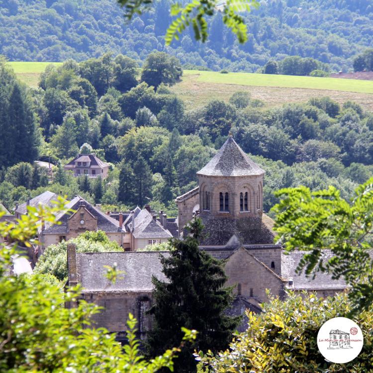 Aubazine. village Aubazine cons - laminsudeterrasson | ello