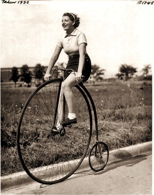 Penny farthing, 1930 - arthurboehm   ello