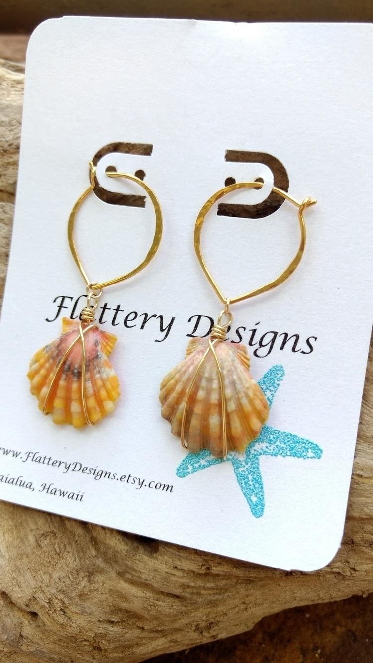 Hawaiian Sunrise Shell Earrings - flatterydesigns | ello