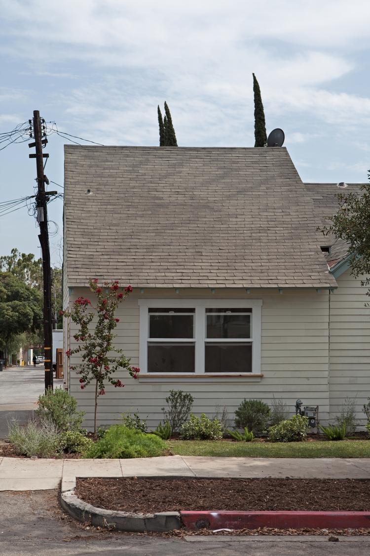 Guest House, Alley, Claremont D - odouglas   ello