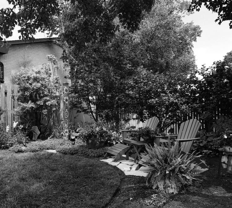 Garden... Karen Exiner - exinerartstudio   ello