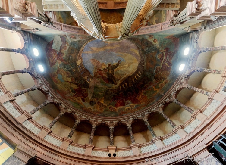 Milan (Italy): Vault apse Sanct - milanofotografo | ello