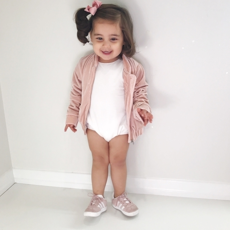 • pink + white sweet cutest cru - my__little__love | ello