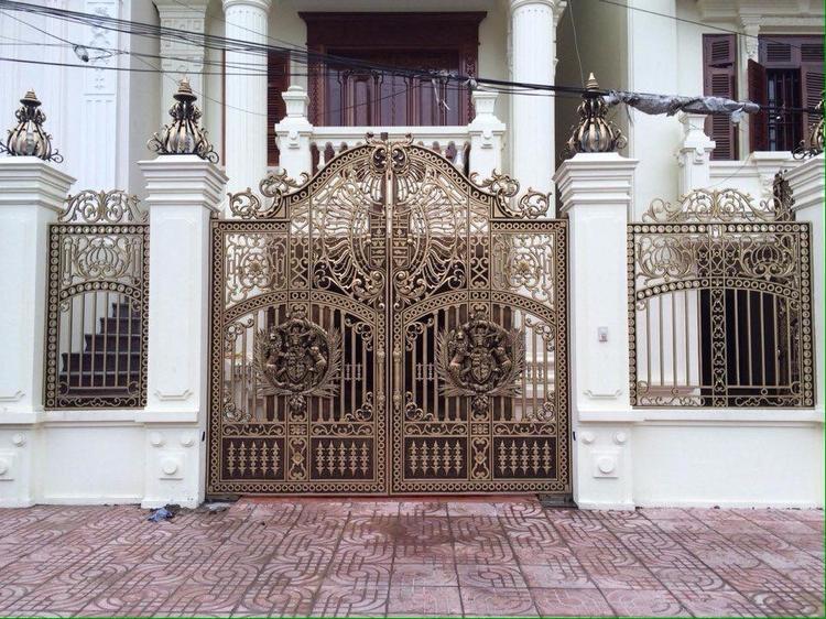 Cổng nhôm đúc phong cách cổ điể - khonggiandep | ello