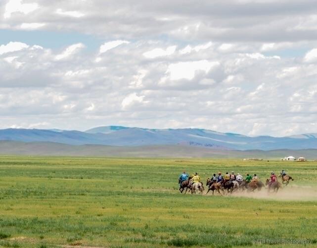 Amazing horse race Nadaam...chi - etbtravelphotography | ello