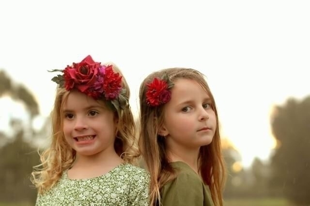 besties fine matching outfits - flowercrown - pretty_little_pickings   ello