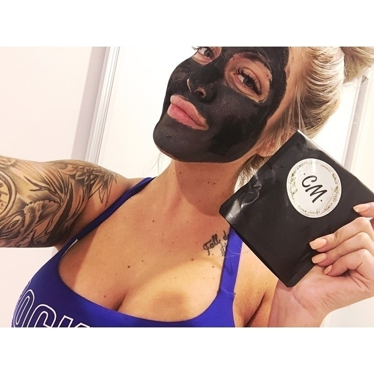 remove bad toxins black mask - chikhimagik | ello