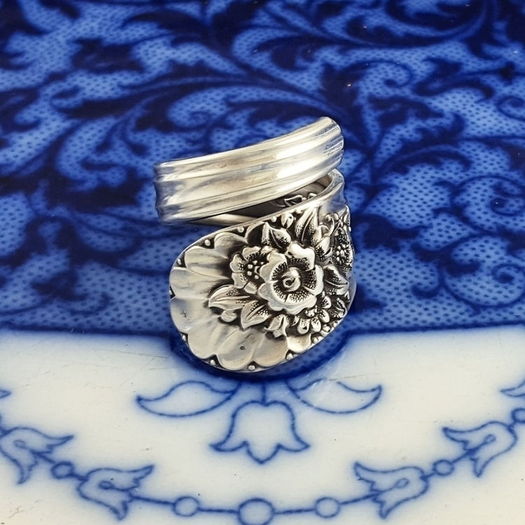 favorite spoon ring pattern Wra - midnightjo | ello
