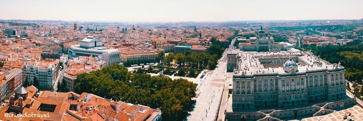 beautiful picture Royal Palace  - irishdotravel | ello