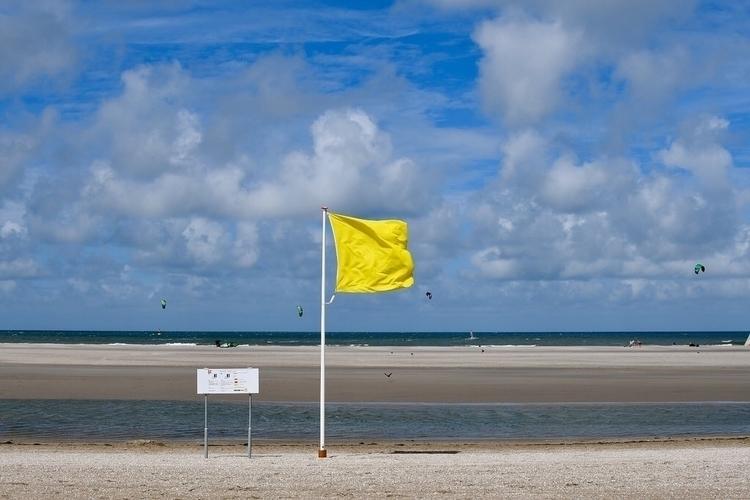 Fun flags - BigBangTheory, bazinga - rwhfink | ello