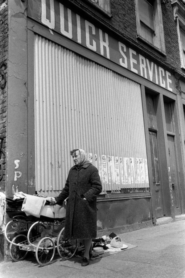 Homer Sykes Spitalfields - bintphotobooks   ello