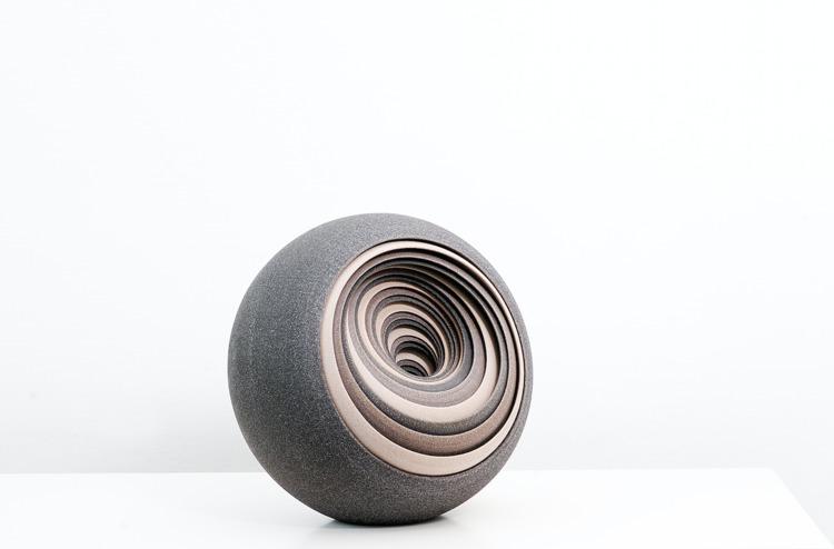 Circular Ceramic Sculptures Mat - rachelmauricio | ello