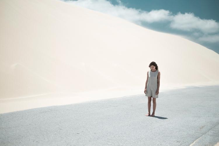 Solitude - bensusi | ello