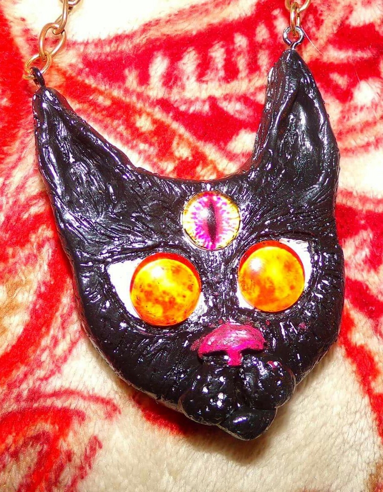 Cosmic eye kitty. forget follow - crystals_point | ello