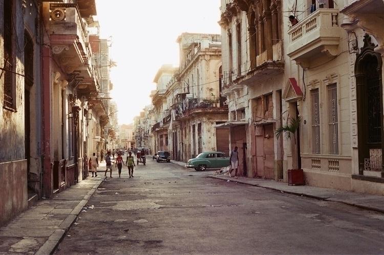 Cuba - 35mm, travelphotography, cuba - stevilm | ello