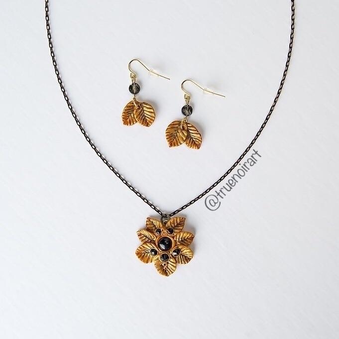 OOAK fantasy leaf pendant earri - truenoir | ello