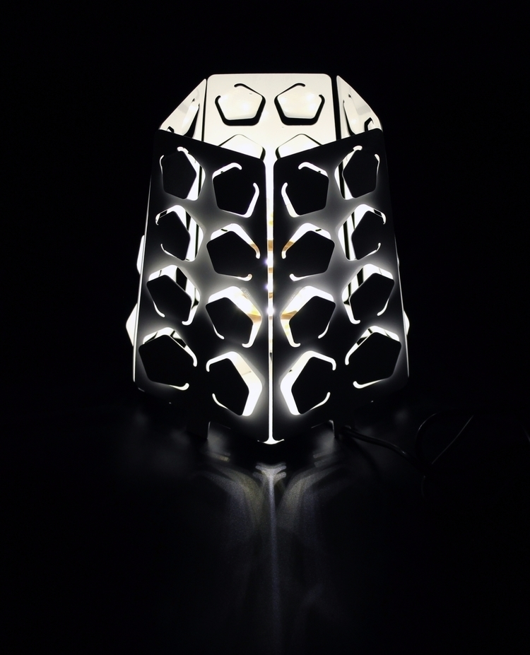 Quinque, table lamp - DIY, DIY, minimalist - charbel_jreijiri | ello
