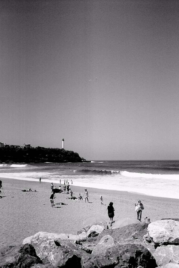 Anglet - analog, photography, olympus - pauline_roquefeuil | ello