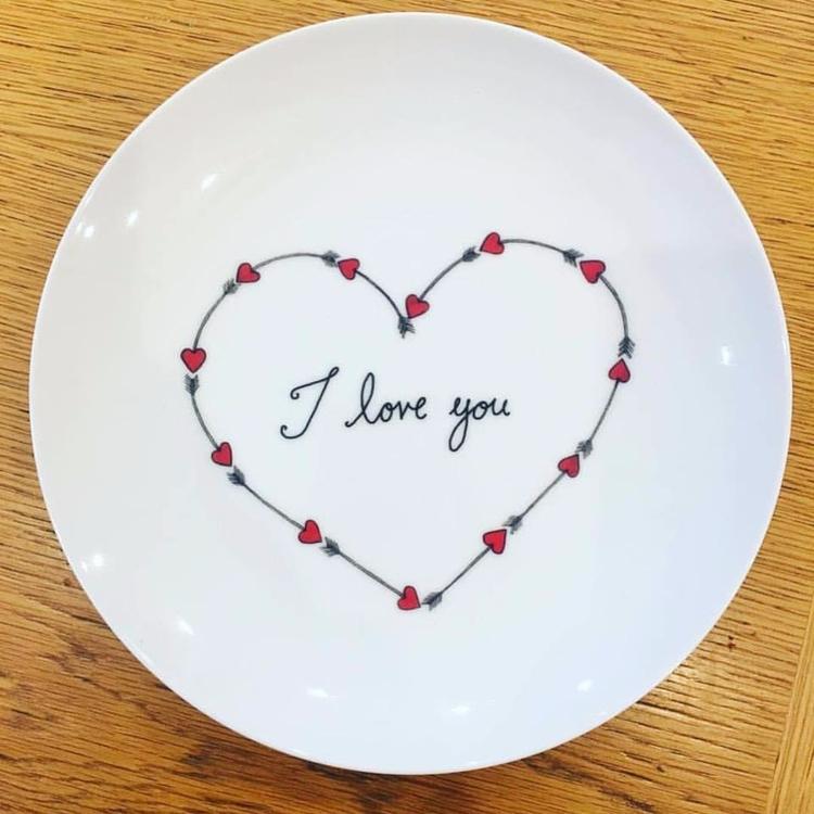 'Valentine Heart' ceramic plate - artrookie | ello