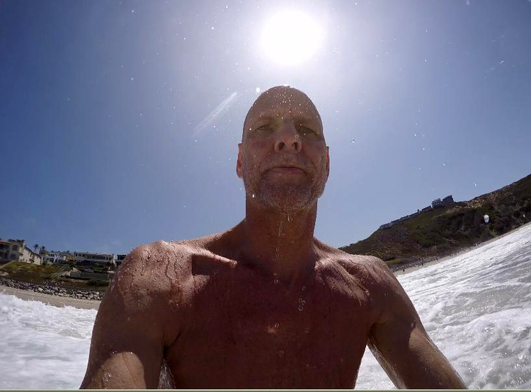 Accidental selfie.. Happy face  - jeffkratsch | ello