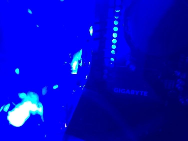 #gigabyte - blue, robots, hatun - hatun | ello