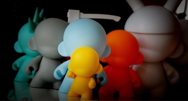 Kidrobot Munny gathering - pec74x_x | ello