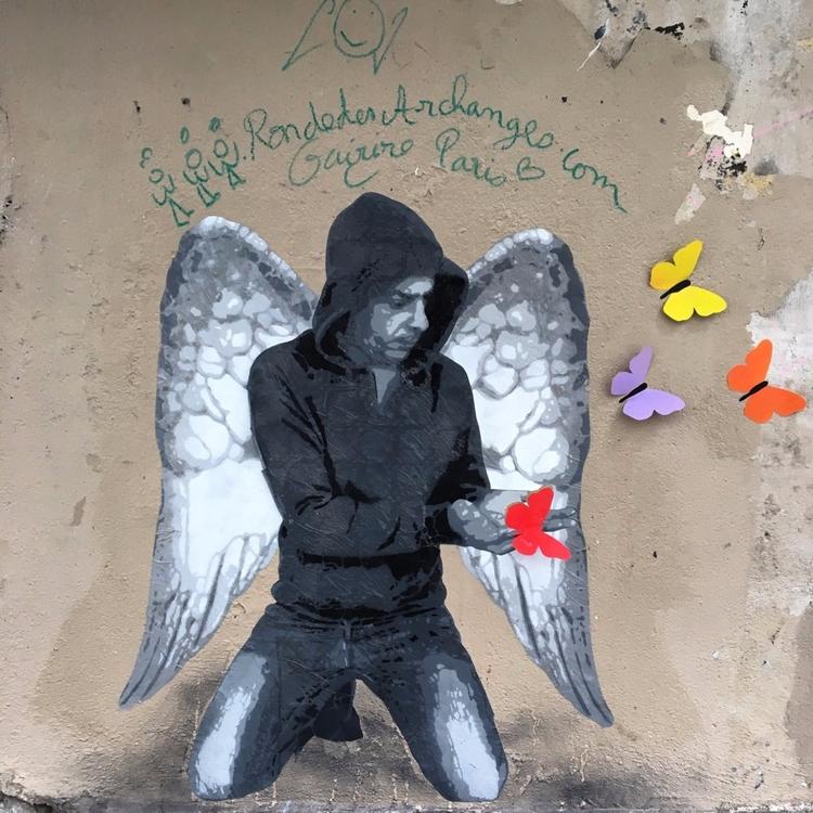 Butterflies - streetart, streetartist - philippefabry | ello