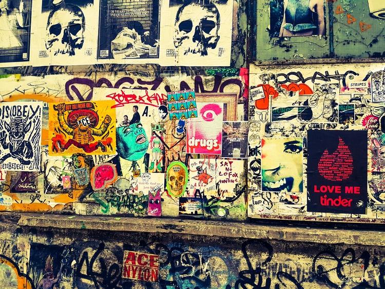Brick Lane, London. 3/8/17 samu - samuelbthorne   ello