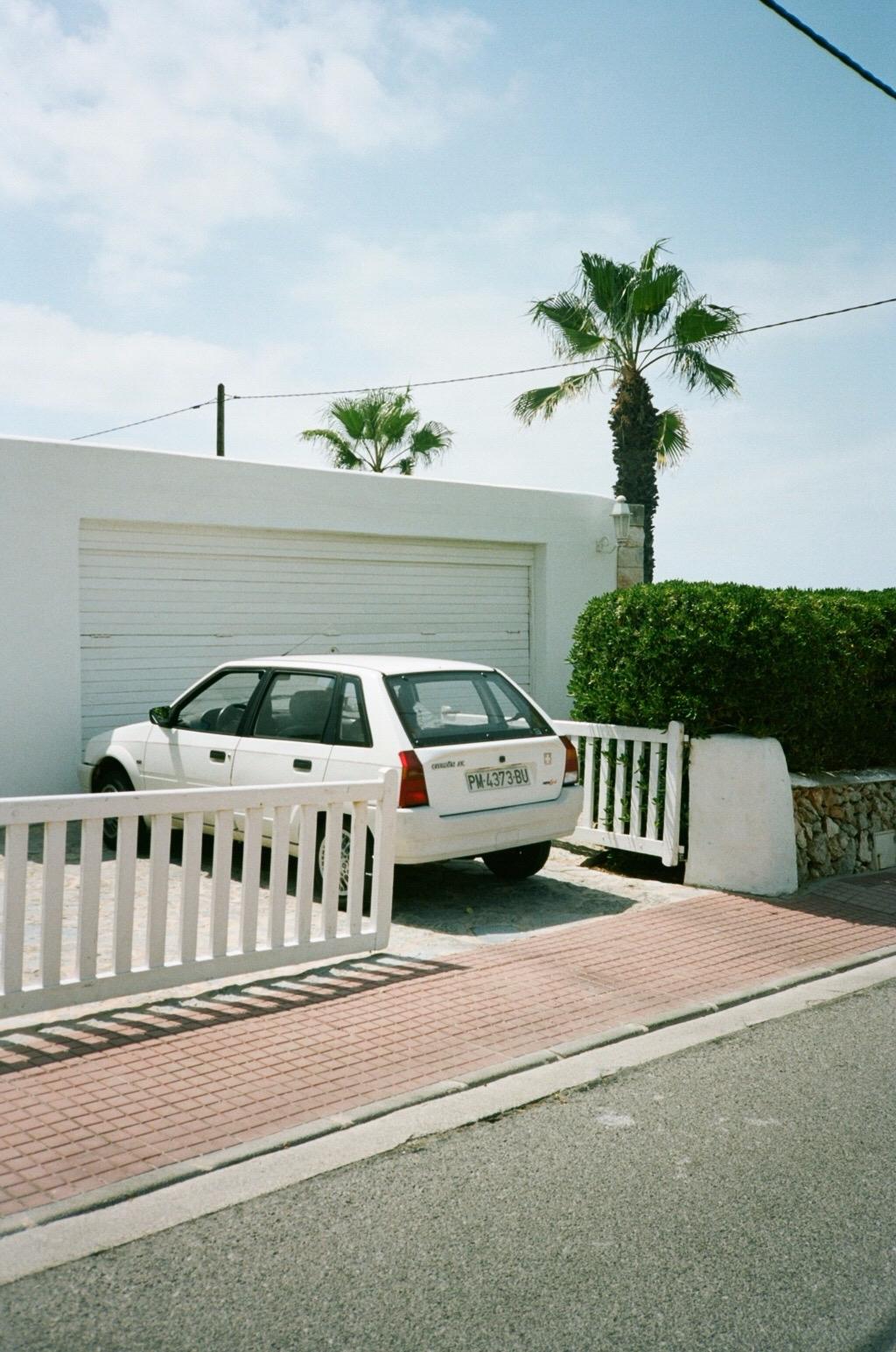 Cala Blanca, Menorca 2017 Yashi - vickygrout | ello