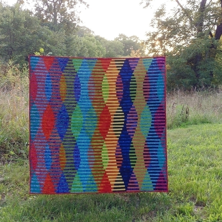 love interleave quilt turned se - sliceofpiquilts | ello