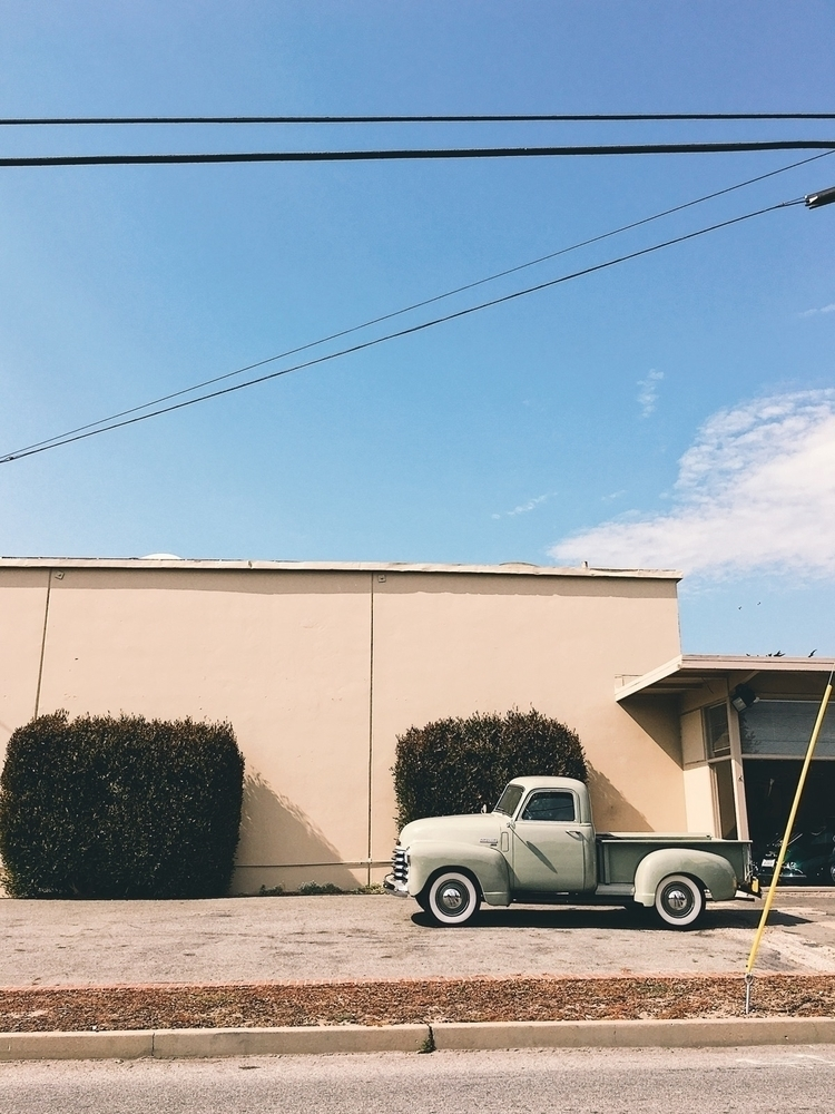 Thriftmaster - whitewall, truck - tramod | ello