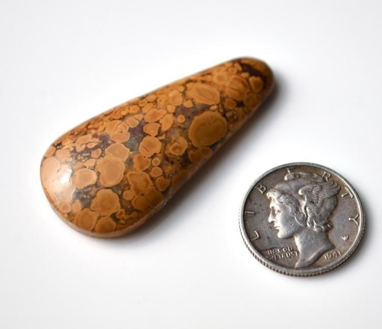 Mystery Magnesite variety Musta - mineralrare | ello