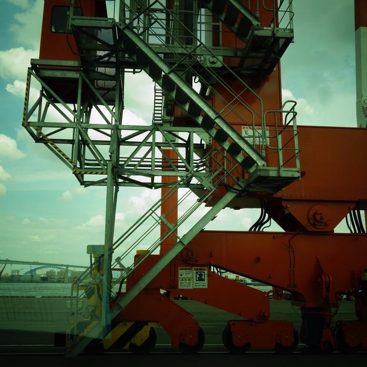 gantry crane - qui-ou-la | ello