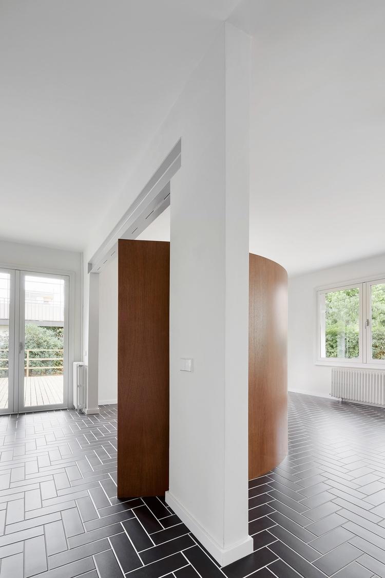 Design: Raúl Sánchez José Hevia - minimalist | ello