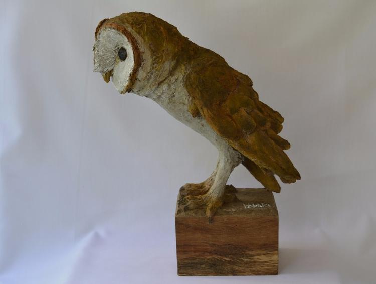 BARN OWL , SOLID RECYCLED CARDB - barakesculptor | ello