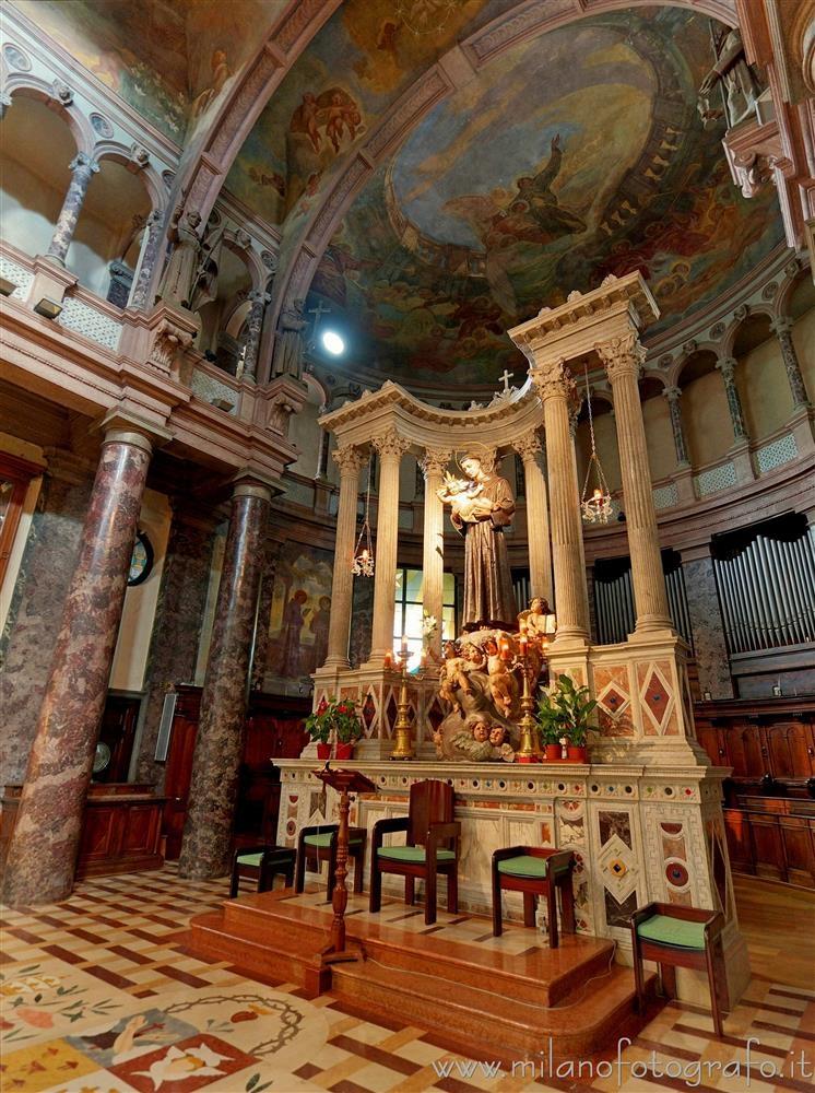 Milan (Italy): Altar apse Sanct - milanofotografo | ello