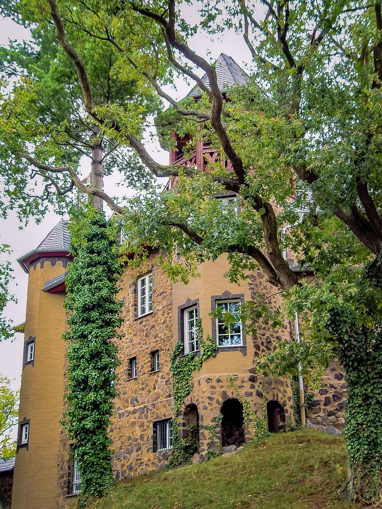 Fairytale castle Ockenfels smal - siegbertpinger   ello