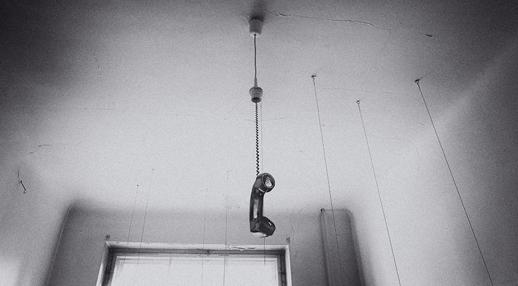 growing silence white room - surreal - gr4y1nu | ello