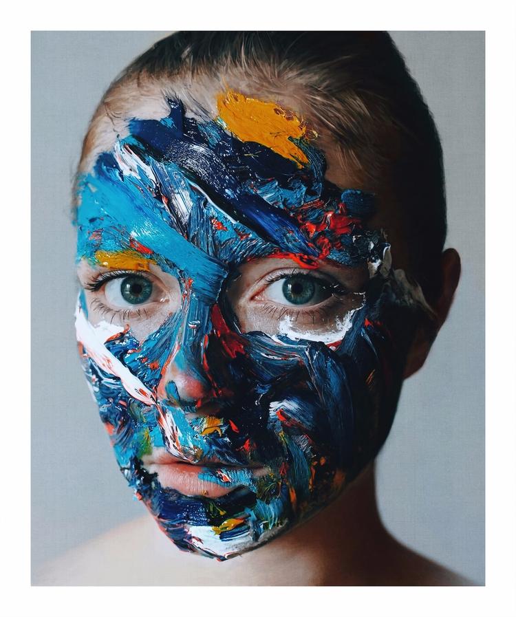 Portrait Olya Antoine Dutilh - hyperrealist - creativedebuts | ello