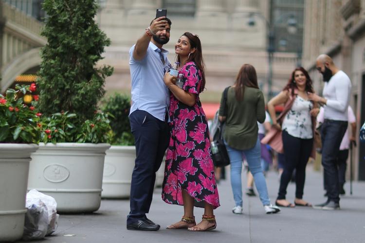 **Pershing Square Selfie** coup - kevinrubin | ello
