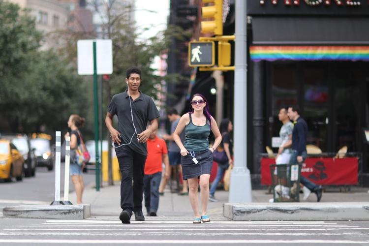 **Crossing 9th Avenue** couple  - kevinrubin | ello