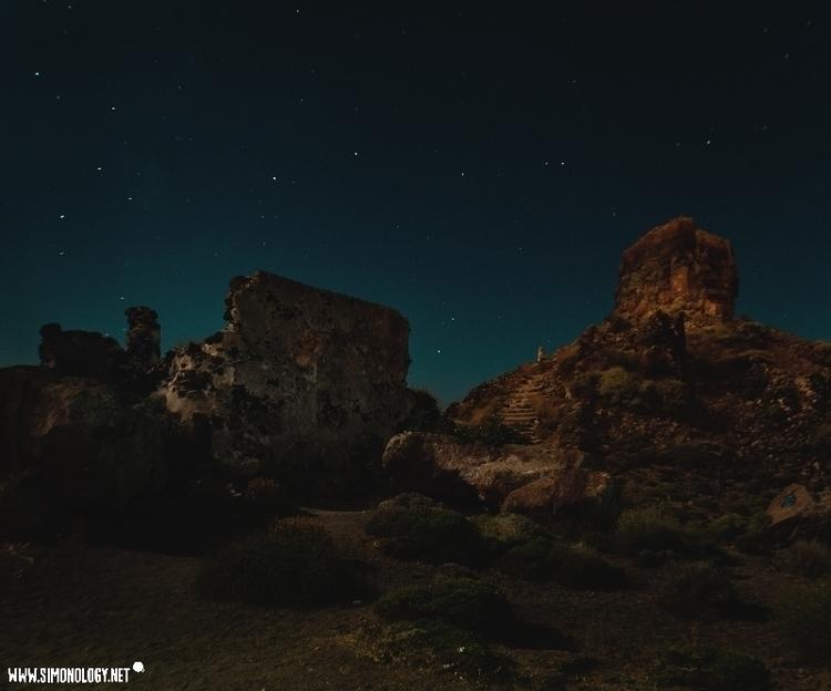MOON NIGHTS GREECE Shot full mo - simonology | ello