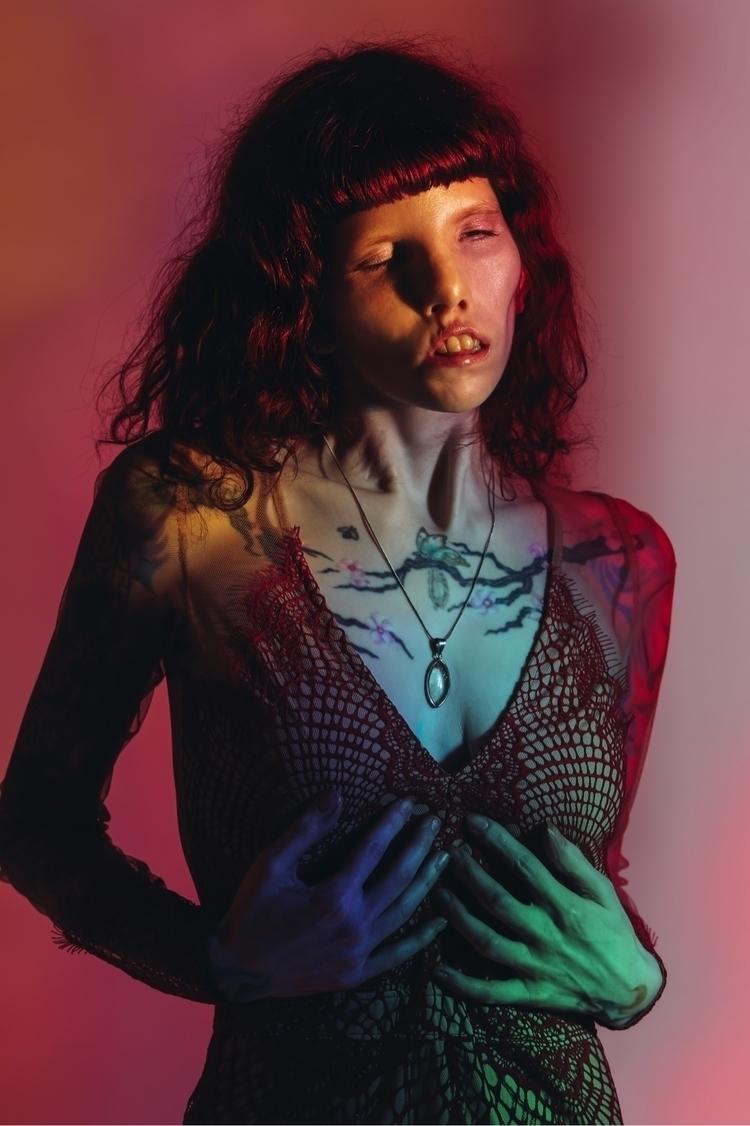 Portrait beautiful Caitin Stick - elenakulikova   ello