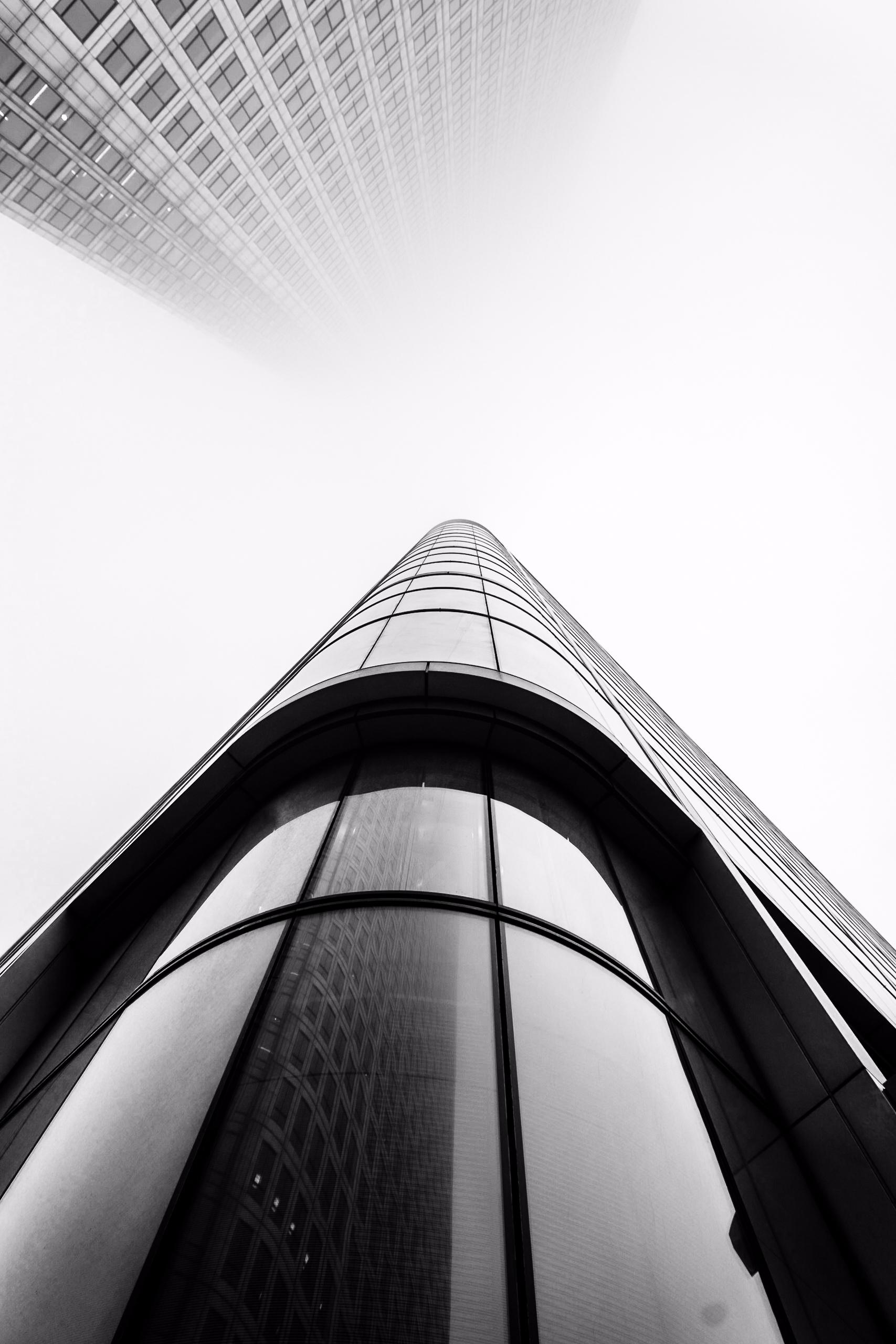   Canary Wharf - London, fog, mist - fabianodu   ello