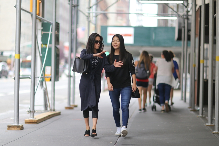 mother daughter walking 57th St - kevinrubin | ello
