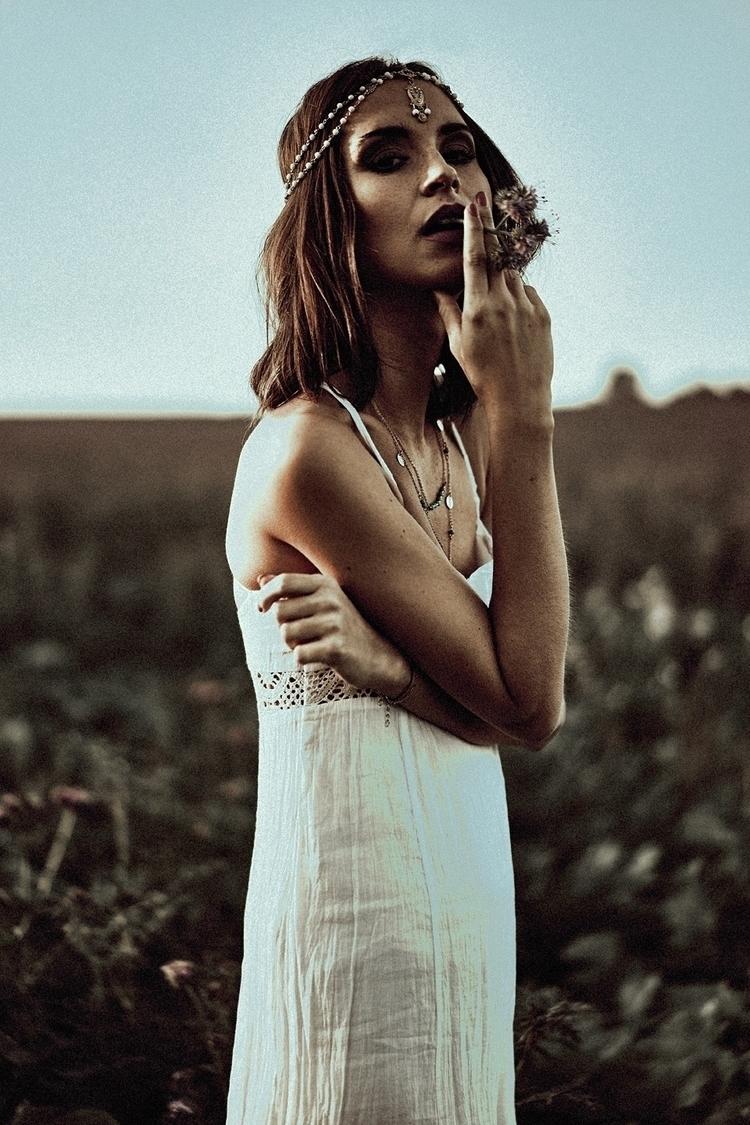 Irma mua/styling: Anja Drown - face - tomhart | ello