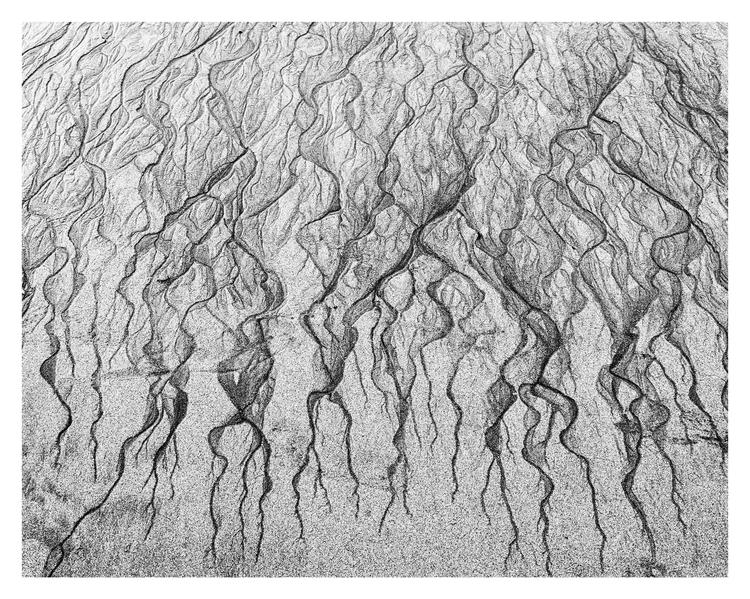 Sand water, Playa de San Lorenz - guillermoalvarez | ello
