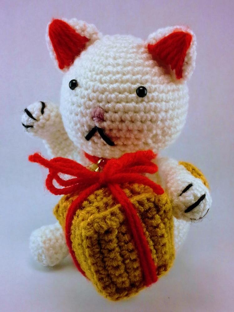 Happy Fat Kitty Lucky Cat fabul - miniaturemonkeycreations | ello
