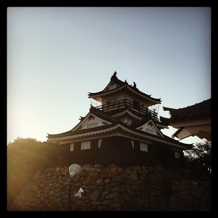 hamamatsu castle. cute veiwing - sasrise | ello