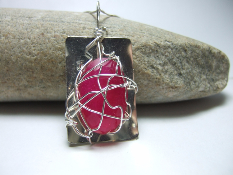 Pink Ruby held sheet silver. ho - silverwiredesigns | ello